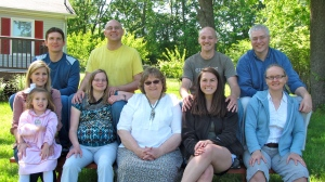 Group shot of Jonathan's side of the family on Mother's day weekend!